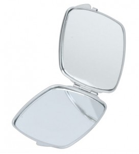 Gracey compact mirror inside
