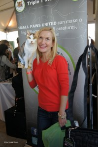 Angela Kinsey and Flat Gracey