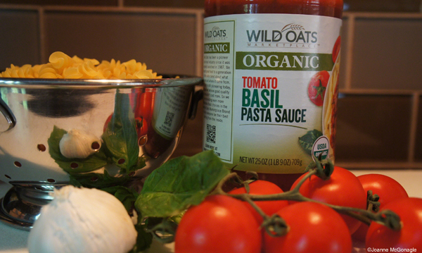 Wild oats tomato basil image