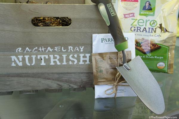 Year of Zero Grain Chicken & Potato For Your Cat Giveaway #NutrishPets