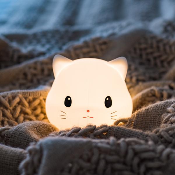 Sleepy Kitten Night Light | Triple T Studios